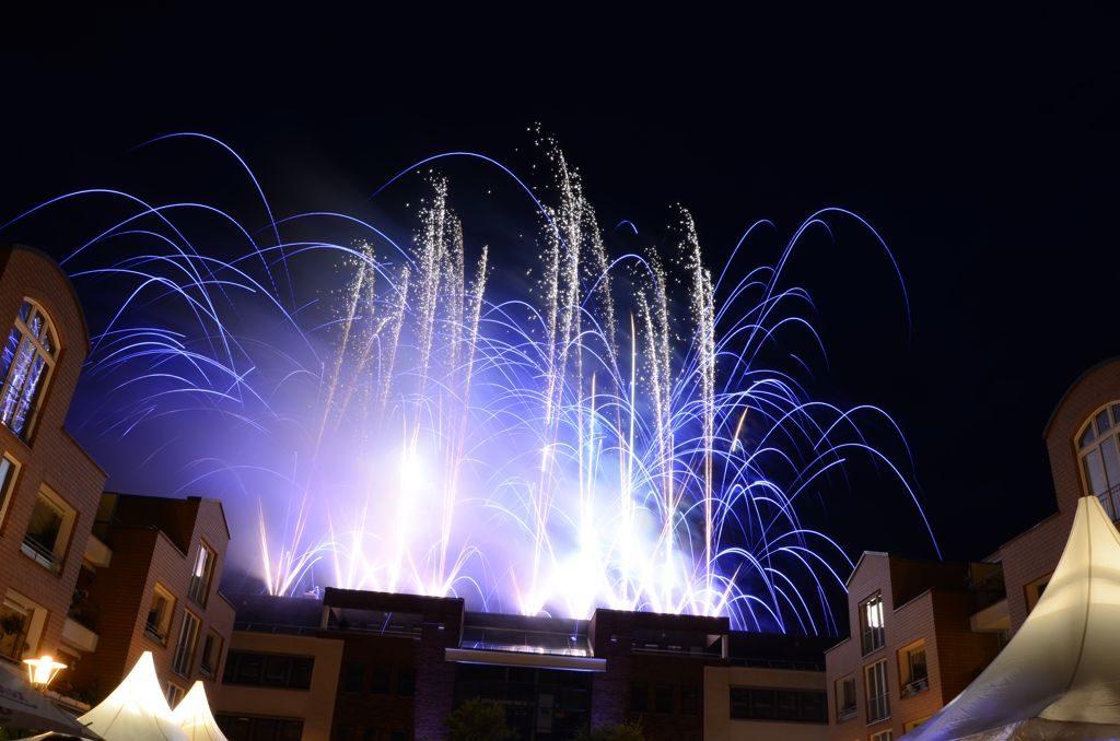 Bild Feuerwerk auf dem Rathaus